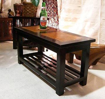 お手頃価格なのにしっかりとした作りのバンブーローテーブル