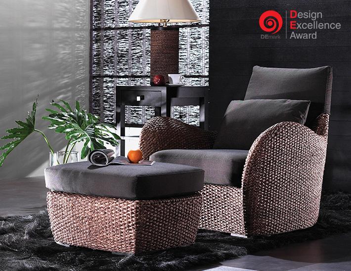 タイ国際家具見本市(TIFF) デザインアワード Best Living Room Furniture部門金賞