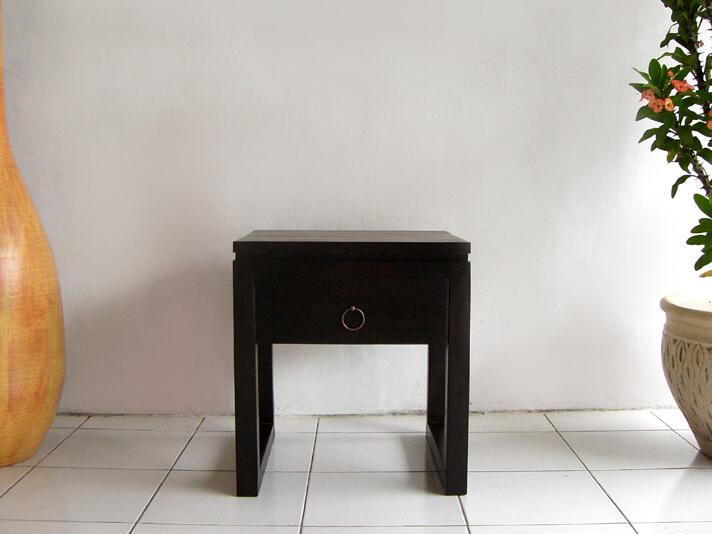 チーク材のミニマムなサイドテーブル AS-008