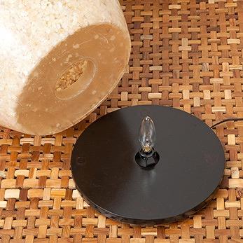 ミニテーブルとしても使える天然石フロアランプ