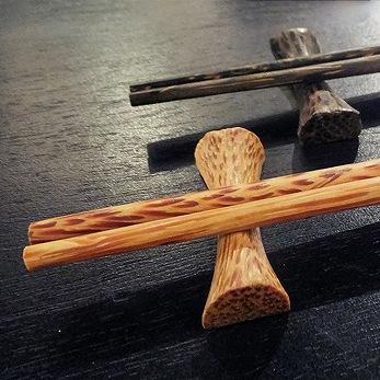 【48481】ココナッツ箸&箸置き 2[メール便対応商品/20個まで同梱可]