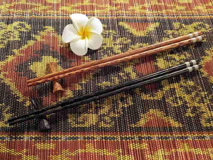 【48483】ココナッツ箸&箸置き 4[メール便対応商品/20個まで同梱可]