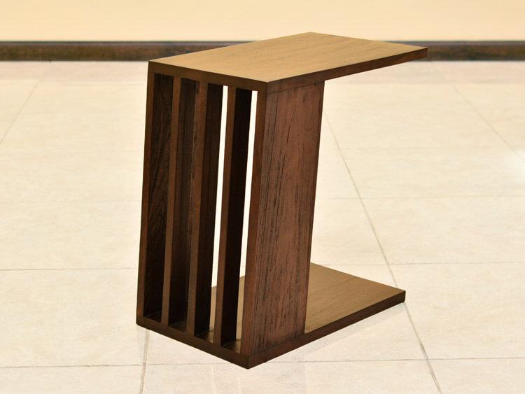 斜めのデザインが魅力のサイドテーブル【AS-276】