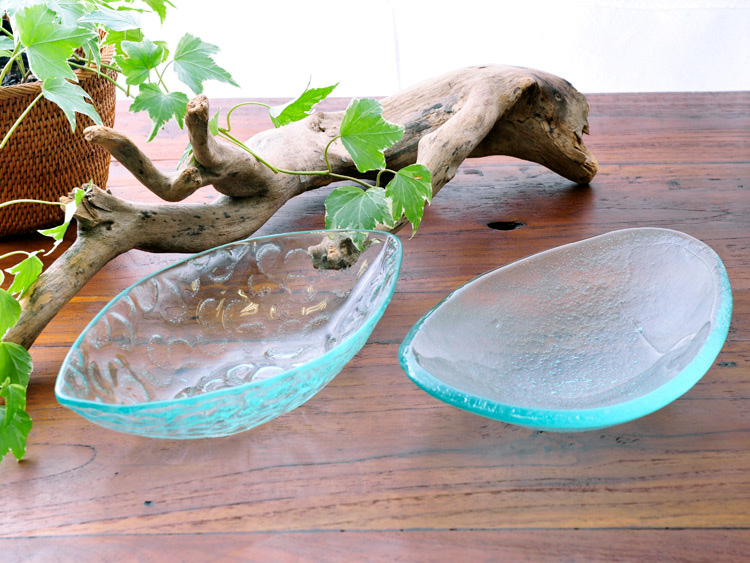 【50471kt】バリガラス製舟形小皿2デザイン