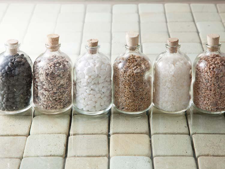 【bottle-stone】ガラス瓶入りのバリストーン/6色