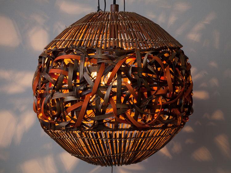 きらきらの光に癒されるリゾートスタイルランプ