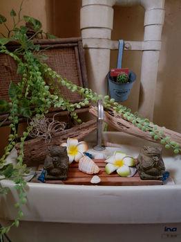 バリ島を感じるナチュラルな仕上がりのお手洗い