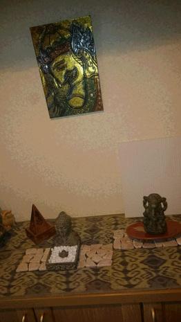 ガネーシャとブッダでパワースポットな玄関