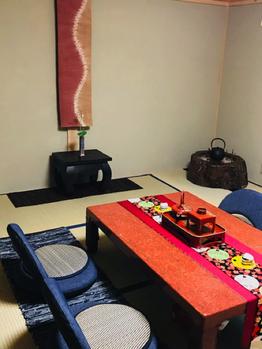 和室にバリの雑貨でワンランクアップの空間