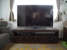 TVボードを主役に据えたお部屋