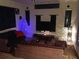 空間のバランスが絶妙★クリスマスツリーも素敵なお部屋