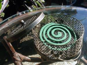【48643】アイアン製アンティーク調蚊取り線香ホルダー